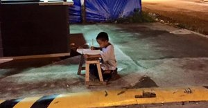 Boy_Studying_620.jpg=s1300x1600